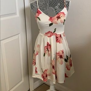 Brand new NWT floral dress